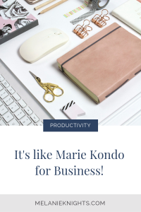 This system for decluttering and organising your business helps busy entrepreneurs work on their terms. Make your systems and workflows a priority this year, and squash the distractions of being a WAHM. #productivityhacks #homebasedbusiness #entrepreneurtips